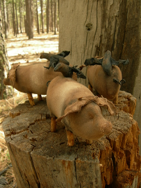 """SOLD OUT: One pig $20.00 shipping $5.00 6 1/2"""" long 4 1/2"""" tall to crow. Please email to be certain of availability.  Extremely prim."""