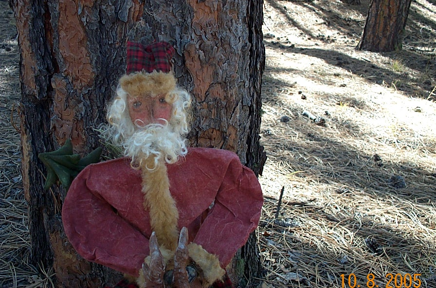 SOLD OUT:::PATTERN~ This picture included with santa Riding his reindeer.
